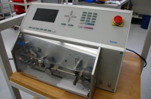Kabelmaschine zur Kabelkonfektionierung
